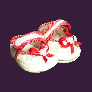 "Red/White Baby Shoe fits 12"" - 14"" dolls such as the Lee Middleton Newborn Wonder Doll"
